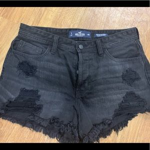 Hollister Mom Shorts (High Waisted)